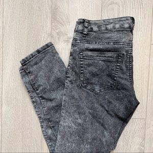 Forever 21- Grey Acid Washed Jeans